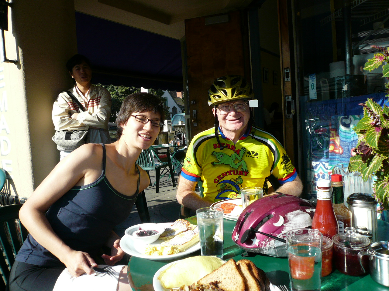 Sarah, Joe and I stopped for breakfast after biking 1 mile.  Phew, what a workout!