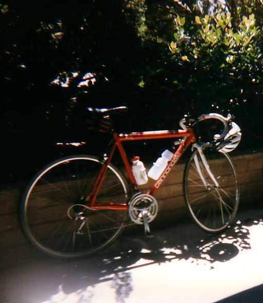 red/white 1992 Cannondale R500 3.0
