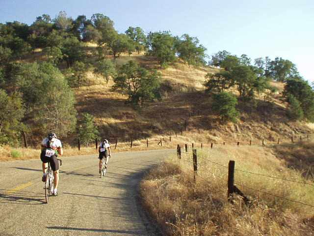 [Burrough Grade, Mile 30, 7:31am] Burrough Grade was pretty moderate... its worst 1/2-mile grade was just 7%.