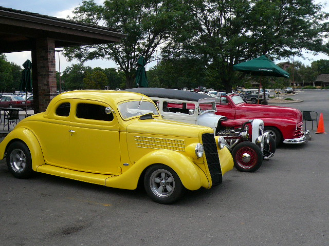 Featured photo for Cruise the Night Car Show