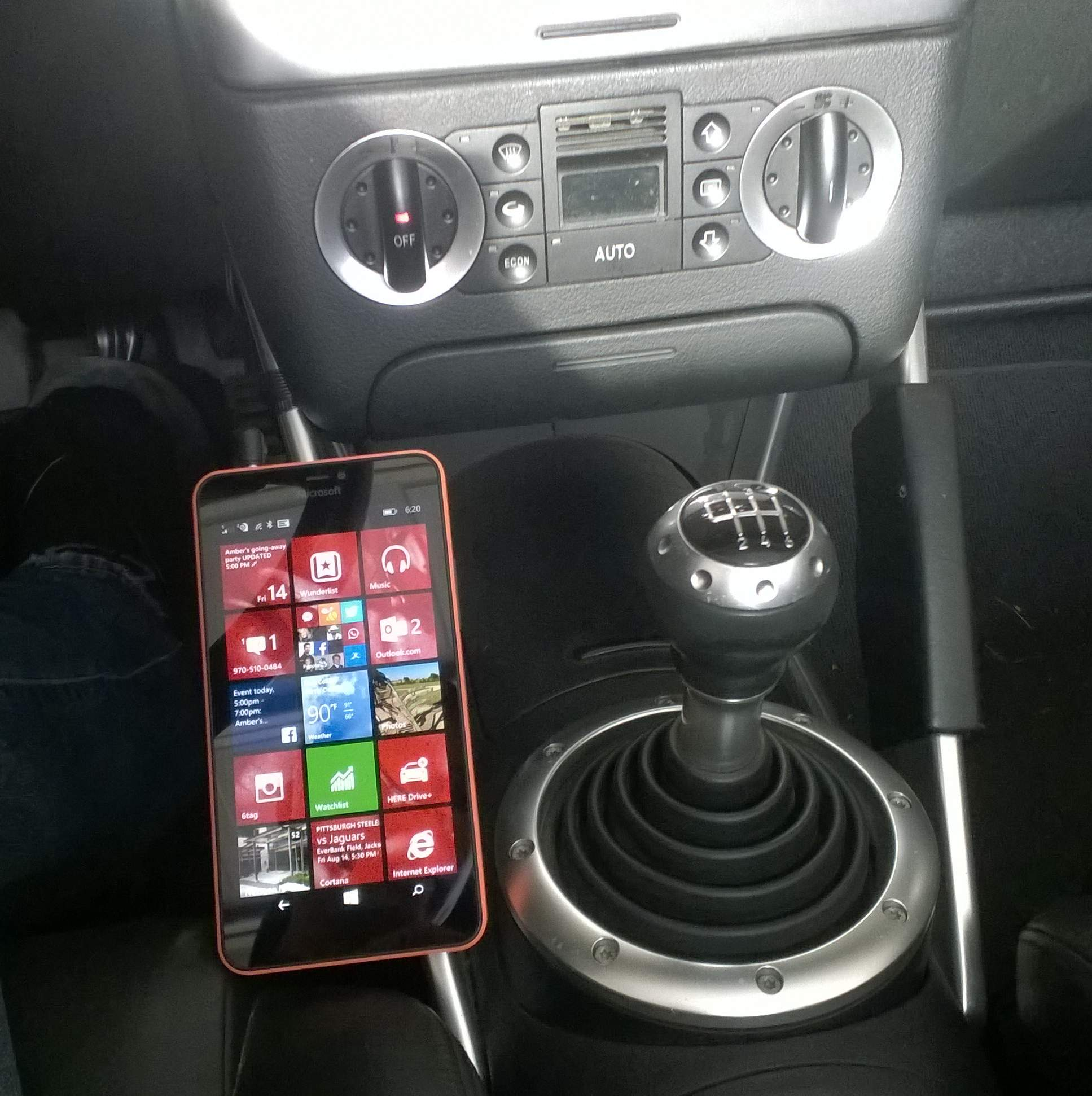 Best Way To Attach Smartphone In Car Magnetic Phone Mount