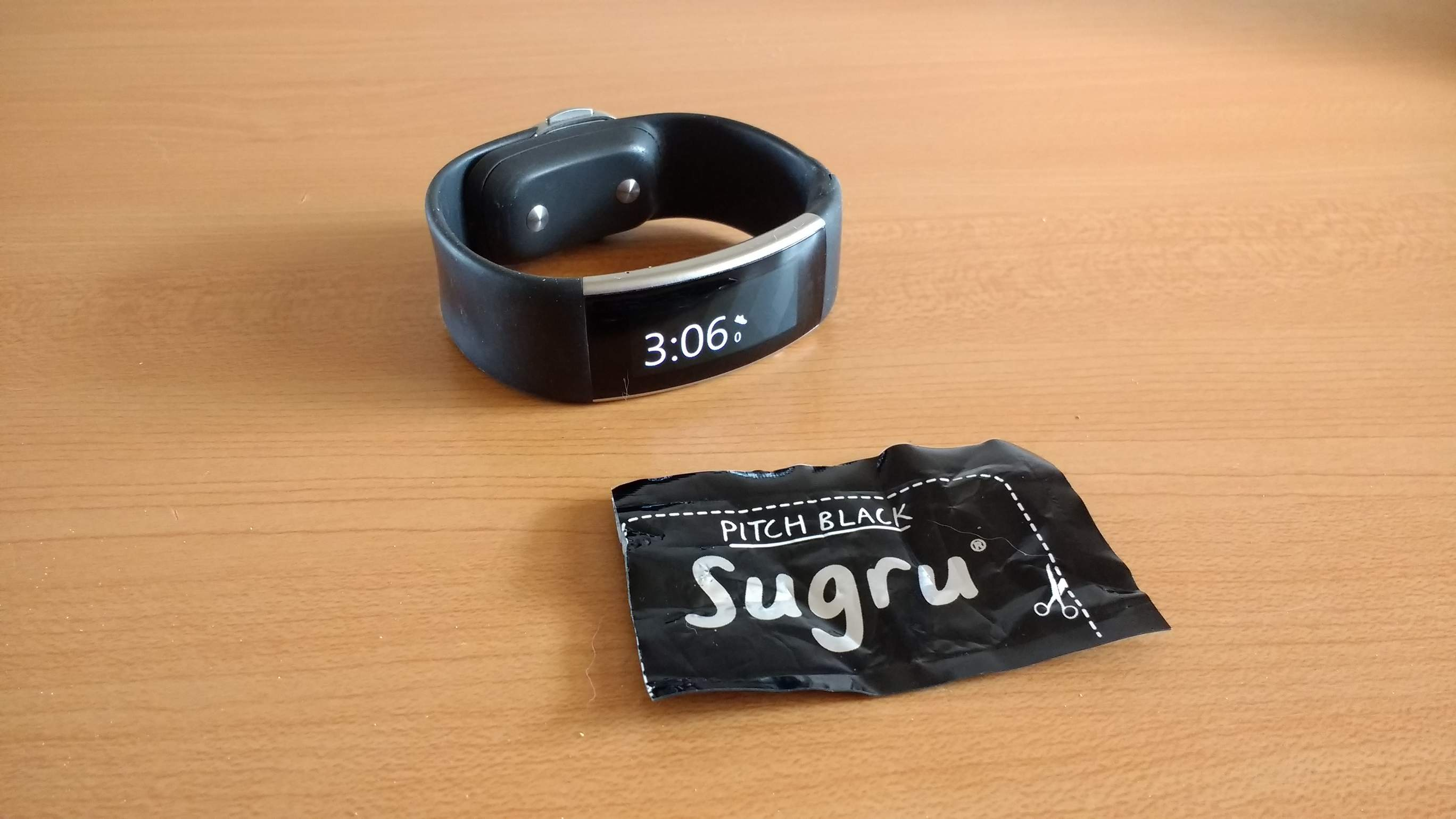 Featured photo for Repairing a Split Microsoft Band with Sugru