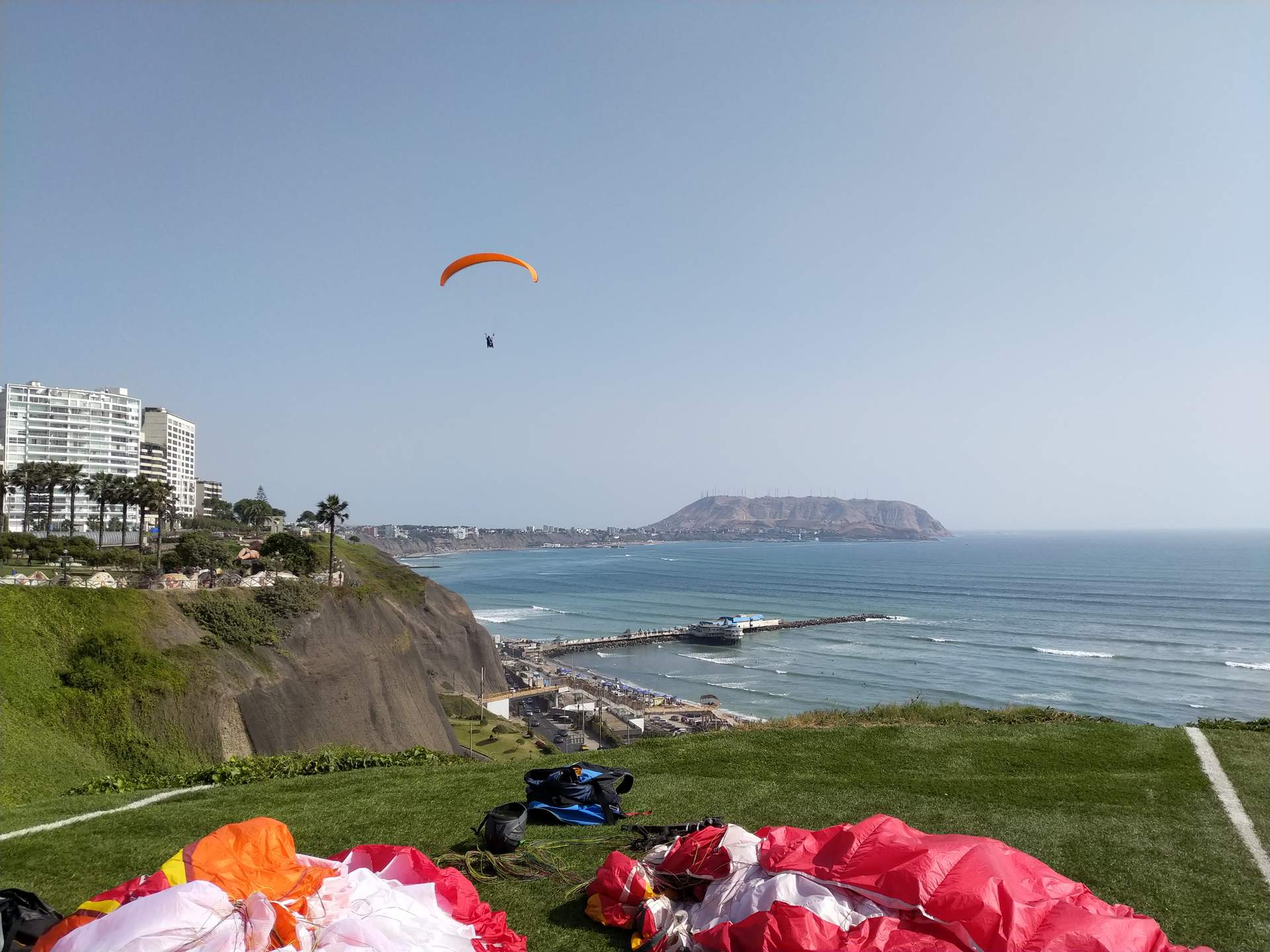 Featured photo for Paragliding in Lima, Peru