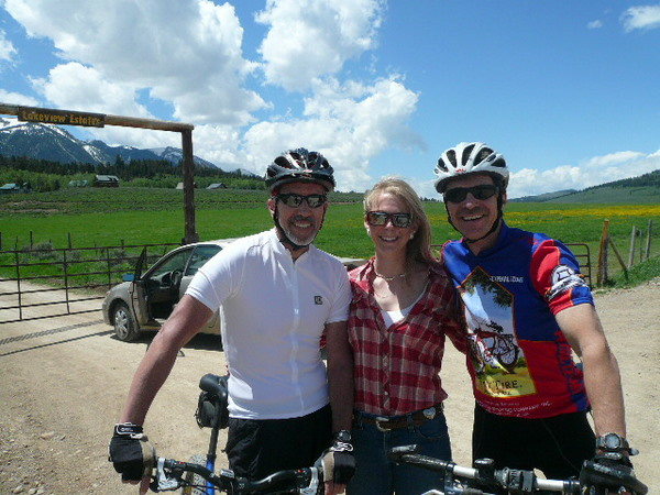 Featured photo for People of the Tour Divide