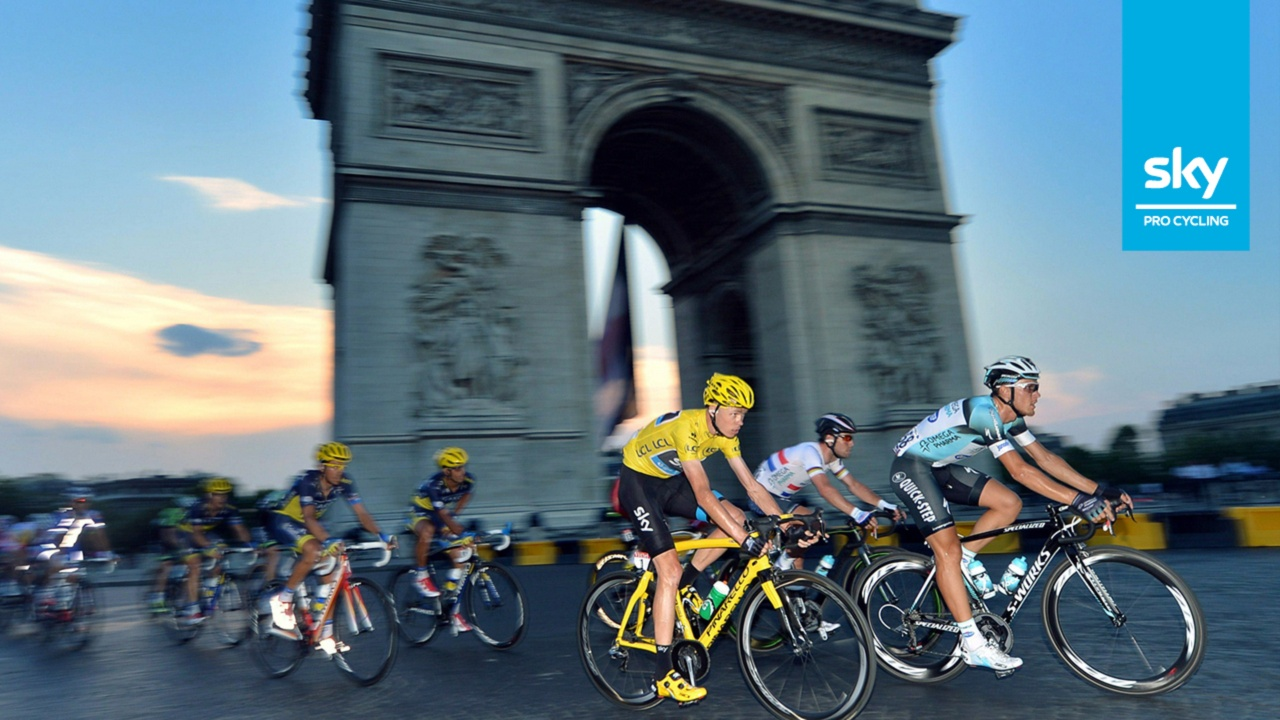 Chris Froome, winner of the 2013 Tour de France, on his yellow Pinarello Dogma 65.1 Think 2. (Photo: Sky Pro Cycling)