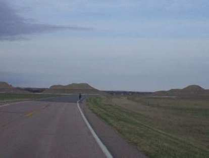 [Mile 3, 7:16 a.m.] Going to Scenic, we had to face an incessant headwind.