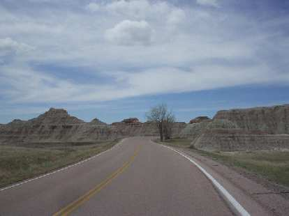 [Mile 73, 11:58 a.m.] More formations.