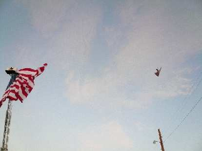 A military jet flew overhead right on cue before the start of the race.  It was really fast!