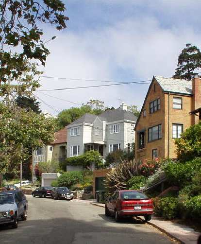 Berkeley has some homes with character.  Also spotted: more SAABs than I have seen in anywhere else in the nation!