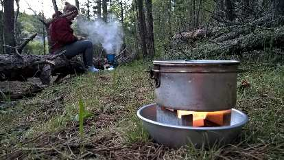 Cooking dinner on the Centennial Trail a couple miles south of Mt. Rushmore Memorial.