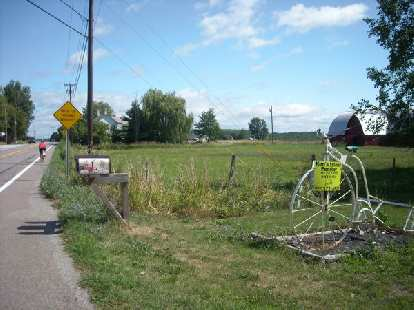 [Mile 407] Ken's Island Peddler off Route 2 in Grand Isle Village, Vermont.