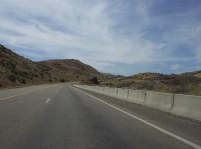The story changed just 20 miles north of Boise. :(  Now the scenery was homogeneously desert-like with no trees anywhere.