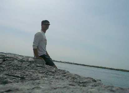 Felix Wong makes it to Lachine (about 15 km from downtown Montreal).