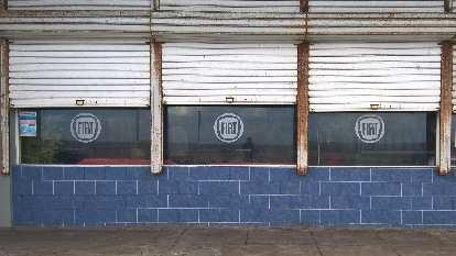 Fiat service station.