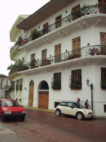 A Mini Cooper in Casco Viejo.