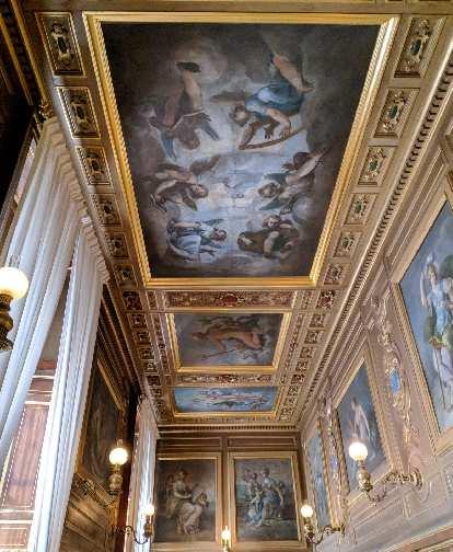 Ceilings inside the Château de Fontainbleau.