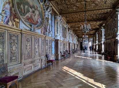 A hallway inside the Château de Fontainbleau.