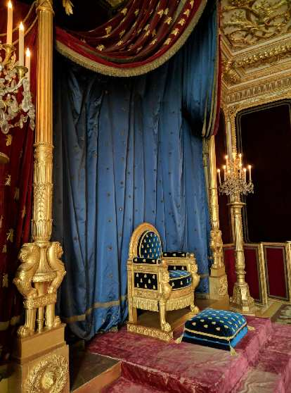 The royal throne inside the Château de Fontainbleau. I figured it would be bigger.