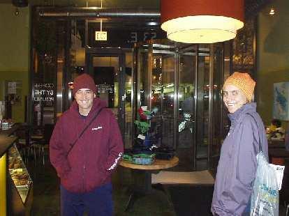 Guy and Kat at Starbucks on the frigid morning of the Chicago Marathon.