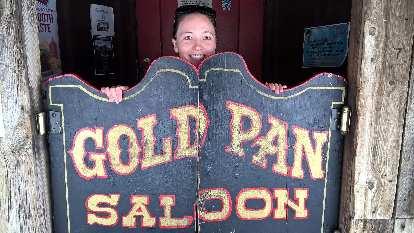Maureen, Gold Pan Saloon doors