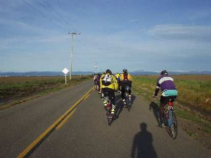 Mile 5, 7:22 a.m.: On flat land to the west of Davis, this would be the last time I ride in a paceline formation all day.