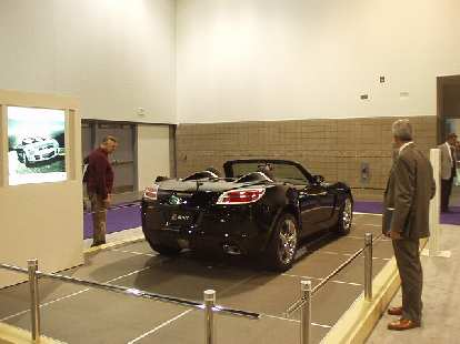 GM's corporate twin, the Saturn Sky, looked particularly striking from the rear, but much more plain from the front and in the inside.