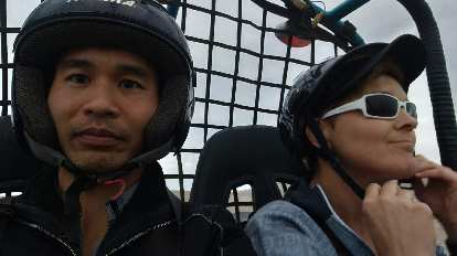 Felix Wong and Mel in the dune buggy in Paracas.