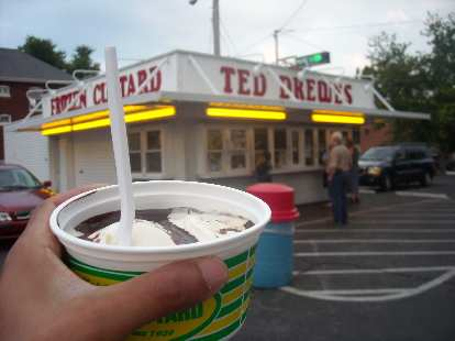 A Ted Drewes' Frozen Custard stand (another recommendation by Alyssa), a St. Louis classic.  I had their Daily Special, a hot fudge sundae for $2.50.