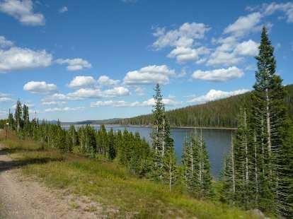 [Mile 130, 4:11 p.m.] Joe Wright Lake.