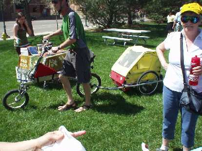 Look!  A recumbent towing a trailer!  That's Nick's mom Dory visiting from Canterbury, UK in the photo as well.