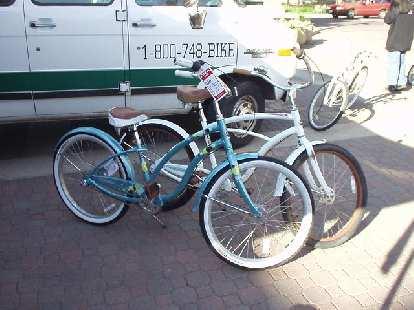 Some nice Trek cruiser bikes.