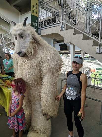 Kristina and the CSU Ram mascot.
