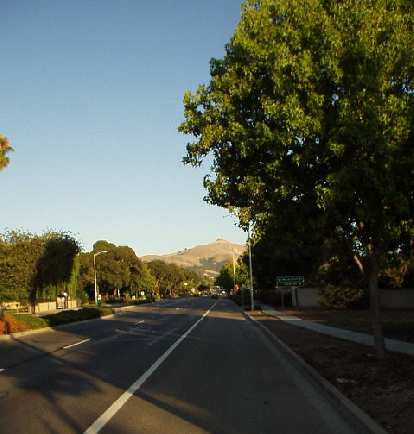 [Aug. 2002] An icon of Fremont: Mission Peak, from Mission Blvd.