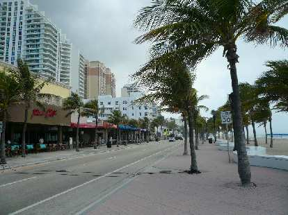 There were lots of restaurants and shops selling bathing suits across from the beach.