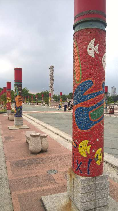 Pillars outside the China Museum of Fujian-Taiwan Kinship.