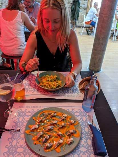 Andrea eating at the Casa dos Xacobes in Santiago de Compostela.