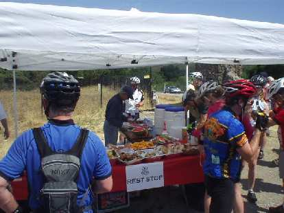 [Mile 48, 11:00 a.m.] The food selection at the rest stops included oranges, watermelon, bagels, peanut butter and jelly sandwiches, and more.