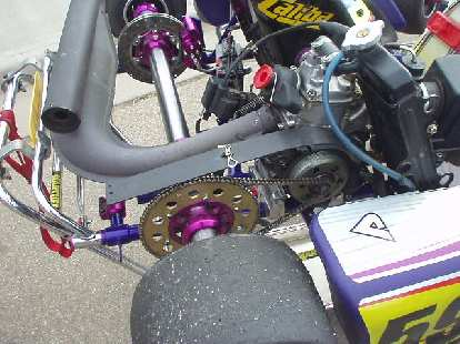 You can see the single gear hear along with the drivechain.  The hub encases a centrifugal clutch that automatically engages when the engine is about 1400 rpm.