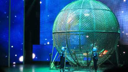 Four motorcyclists rode upside down in this giant sphere.