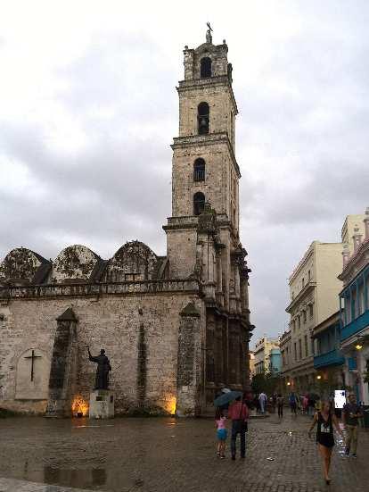La Basilica de San Francisco in Havana Vieja.