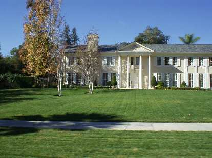 The tour required a 3 pages of driving directions to navigate through all the turns in Pasadena's gorgeous neighborhoods.  This colossal home was typical of some of the houses there.