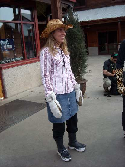 Lisa was a cowgirl.  In the morning before the brewery tour, a thrift store cut off the soles of some cowboy boots she picked up so she could fuse them with running shoes.