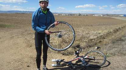 With only about five miles to go, I encountered a cyclist named Scott who got a flat tire. I lent him some tire irons.
