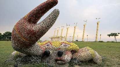 Giant crab at Cijin Windmill Park in Kaohsiung City, Taiwan.