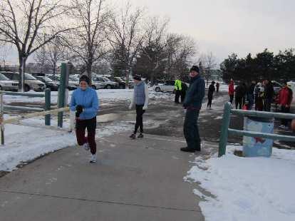 Jesse begins her run.