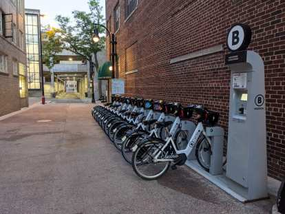 Madison BCycle station on Hawthorn & State Street