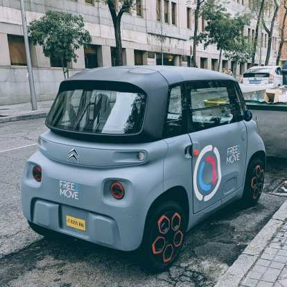These Free2Move electric city share cars made by Citroën were everywhere in Madrid.