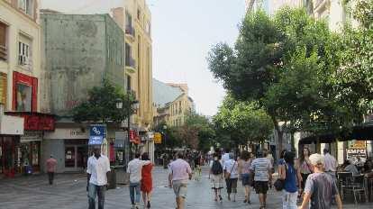 Walking towards la Puerta del Sol.