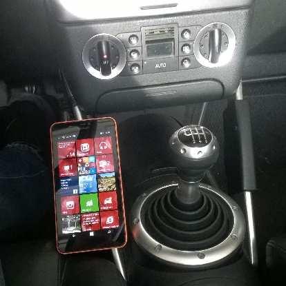 Microsoft Lumia 640 XL, center console front view, Audi TT