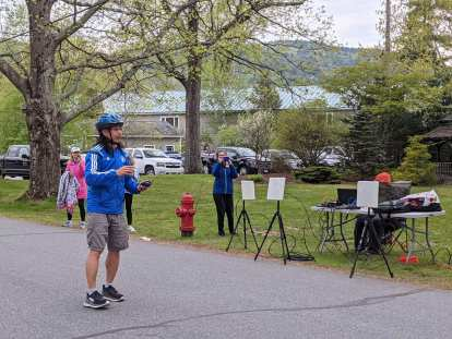 JC, the organizer of the New England Challenge, explaining the course for the 2021 Maple Leaf Marathon.